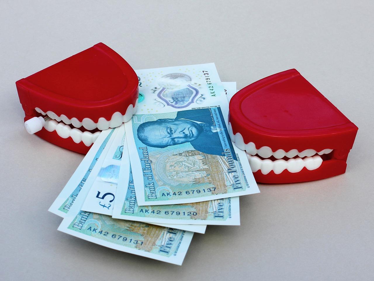 שיניים וכסף