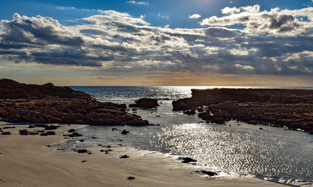 חוף הים כפריסין