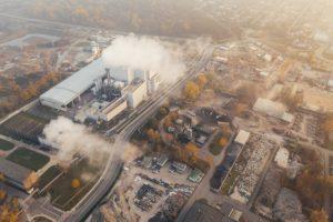 גז יוצא ממפעלים