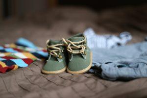 זוג נעליים ירוקות