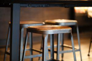 כיסאות בר - תמונה להמחשה