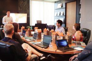 חברת השקעות בישיבה - תמונה להמחשה