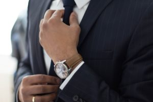 עורך דין עם עניבה - אילוסטרציה
